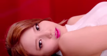 AOA   「ミニスカート Japanese ver. 」ヘジョン YouTube.png