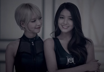 AOA LIKE a CAT チョア ソルヒョン.png