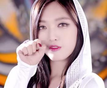 AOA Like a Cat チャンミ3 YouTube.png