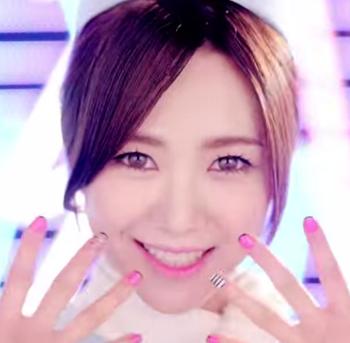 AOA Short Hair ミナ M V   YouTube.png